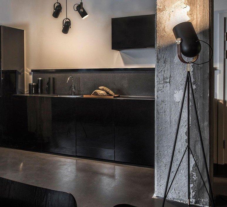 Carronade markus jonhasson lampadaire floor light  le klint 360 mb  design signed 50394 product