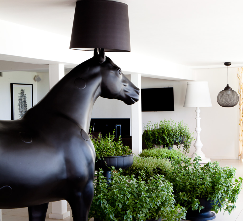 Cheval horse lamp front design lampadaire floor light  moooi mo pali310002b mo pali310001  design signed 38579 product
