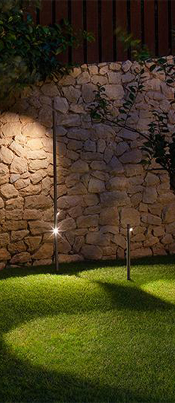 Lampadaire d exterieur bamboo 4804 oxyde ip66 led 2700k 598lm o4cm h190cm vibia normal