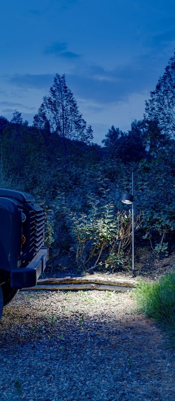 Lampadaire d exterieur bubka bollard noir et metal ip65 led 2700k 639lm o15cm h90 2cm davide groppi normal