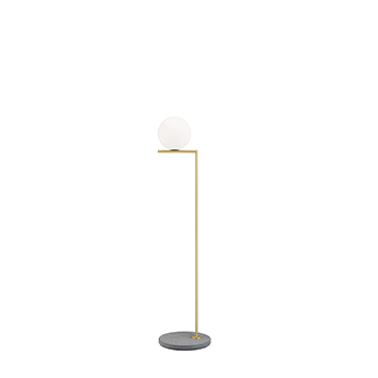 Lampadaire d exterieur ic lights floor 1 outdoor opalin laiton et lave grise ip44 o32cm h135cm flos normal