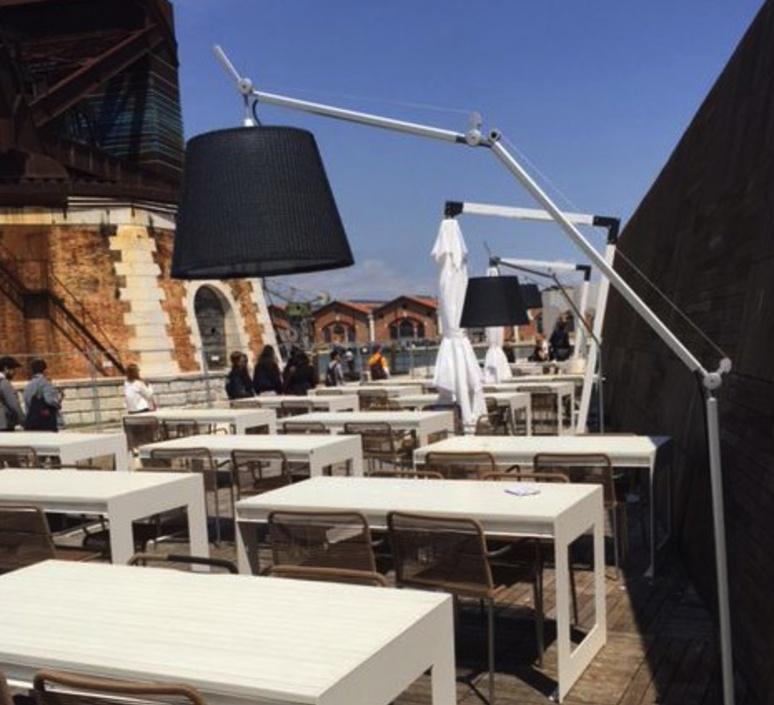 Tolomeo paralume outdoor michele de lucchi lampadaire floor light  artemide t076100 t076300 t077320  design signed 33789 product
