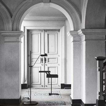 Lampadaire domo floor noir o67 5cm h190cm karakter normal