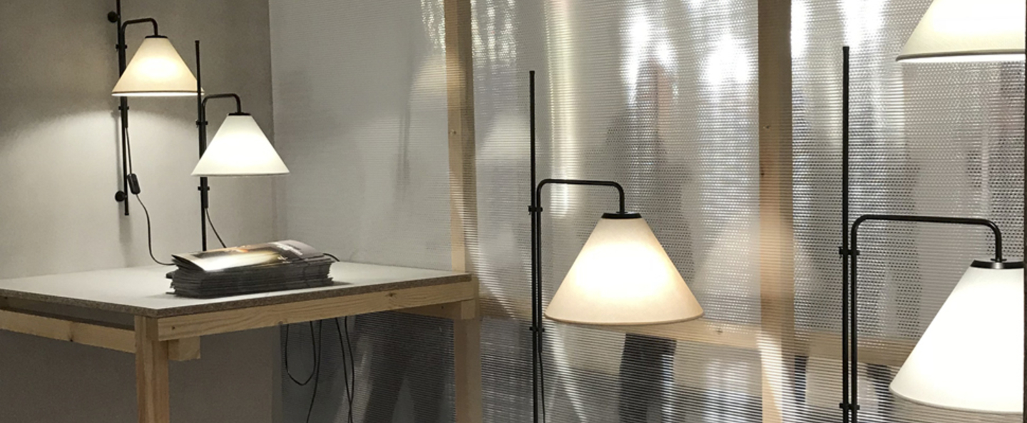 Lampadaire funiculi fabric noir sable led h158cm marset normal