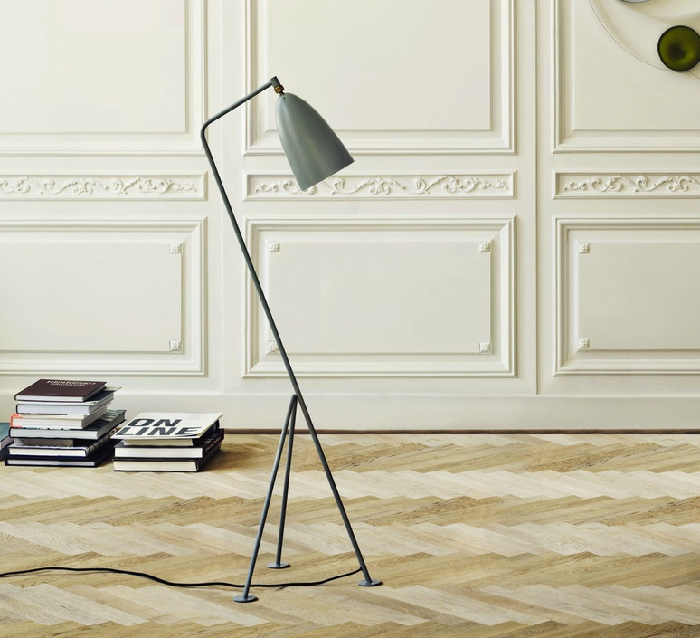 Grasshopper greta grossman lampadaire floor light  gubi 005 01104  design signed 30092 product