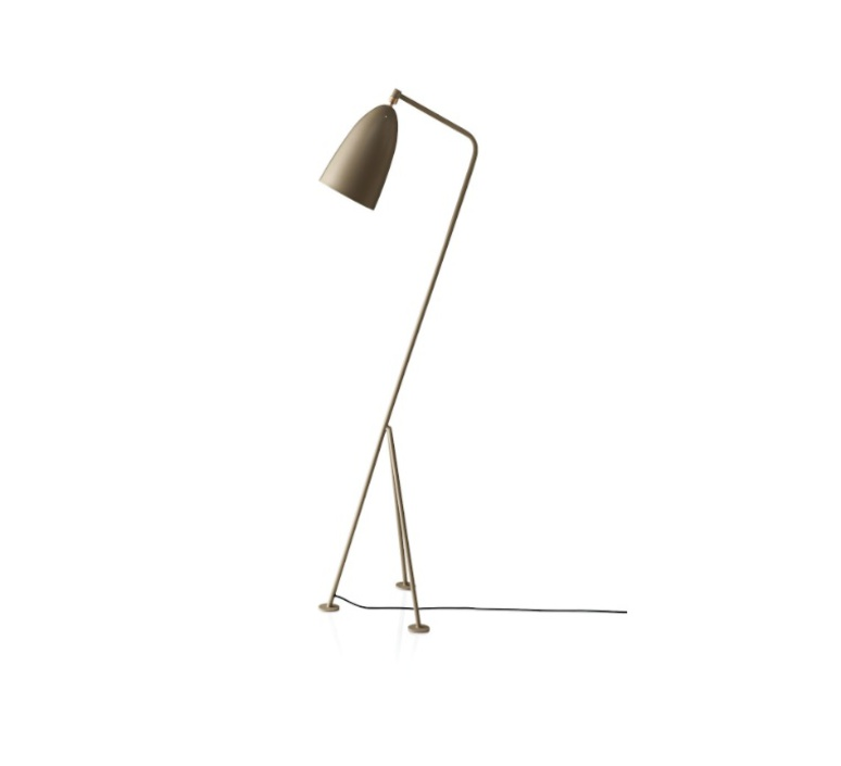Grasshopper greta grossman lampadaire floor light  gubi 005 01100  design signed 30109 product