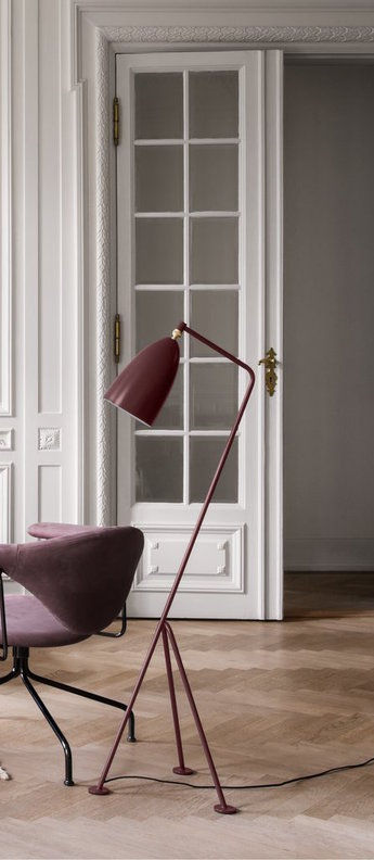 Lampadaire grasshopper rouge l43 5cm h125cm gubi normal