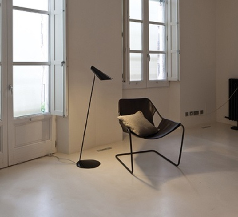 I cono 0712 lievore altherr molina lampadaire floor light  vibia 71221  design signed nedgis 90358 product