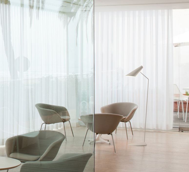 I cono 0712 lievore altherr molina lampadaire floor light  vibia 71210  design signed nedgis 90359 product