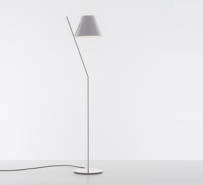 La petite floor quaglio simonelli lampadaire floor light  artemide 1753020a  design signed nedgis 117330 product