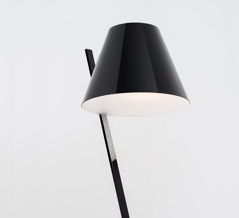 La petite floor quaglio simonelli lampadaire floor light  artemide 1753030a  design signed nedgis 67451 product