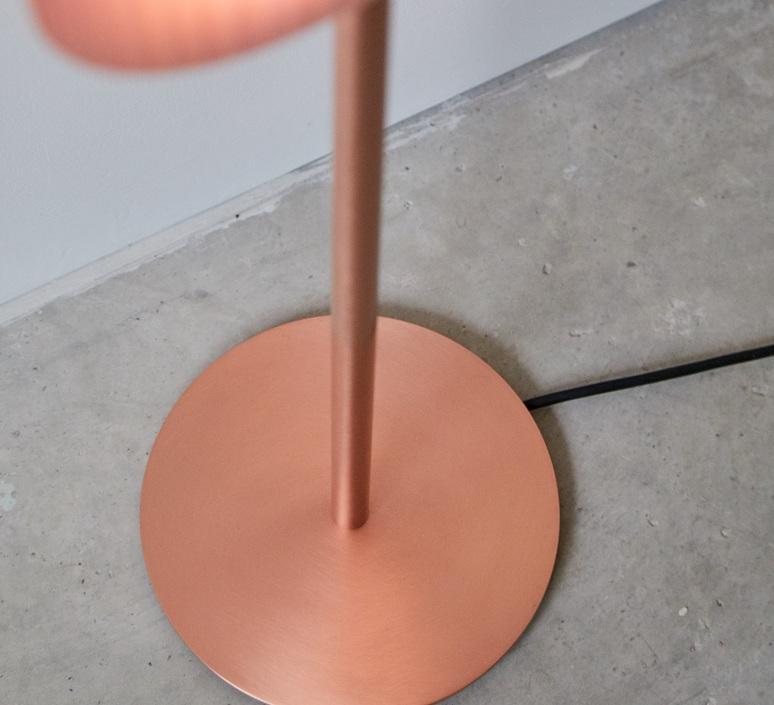 Lens oval mut design lampadaire floor light  lzf lens ov p co led 33  design signed nedgis 76886 product