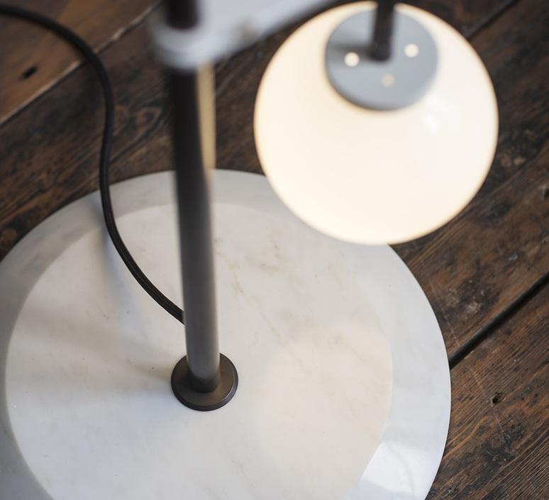 Lizak robbie llewellyn et adam yeats lampadaire floor light  bert frank lizak fl amber  design signed nedgis 75355 product