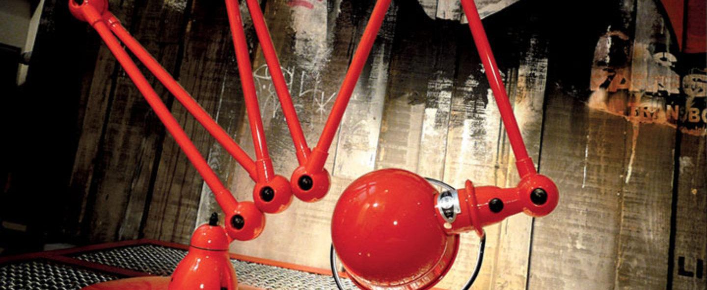 Lampadaire loft rouge l240cm h150cm jielde normal
