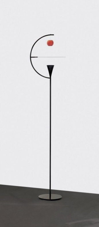 Lampadaire newton noir et blanc led 2700k 1150lm p45 5cm h200cm nemo lighting normal