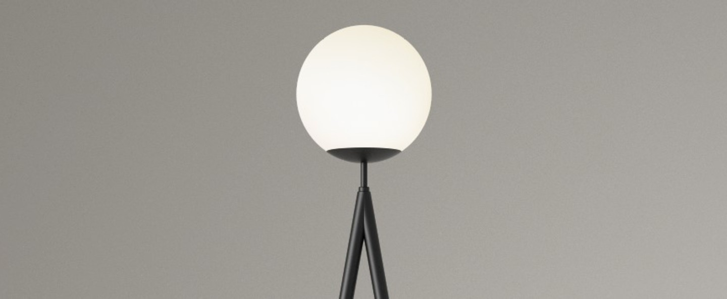Lampadaire one globe slanted base noir led l48cm h175cm atelier areti normal