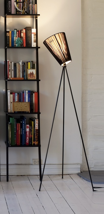 Lampadaire oslo wood noir h165cm northern lighting normal