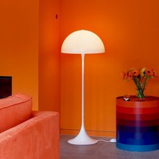 Panthella  verner panton lampadaire floor light  louis poulsen 5744163350  design signed 48989 thumb
