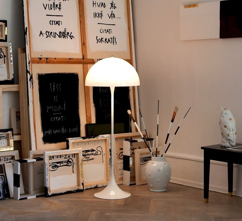 Panthella  verner panton lampadaire floor light  louis poulsen 5744163350  design signed 48992 product