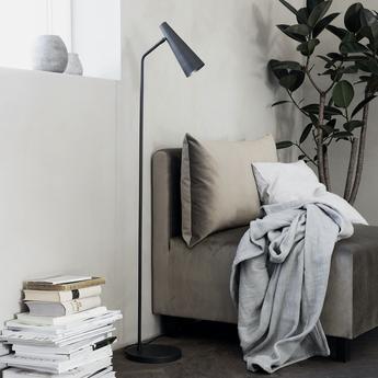 Lampadaire precise noir l21cm h124cm house doctor normal