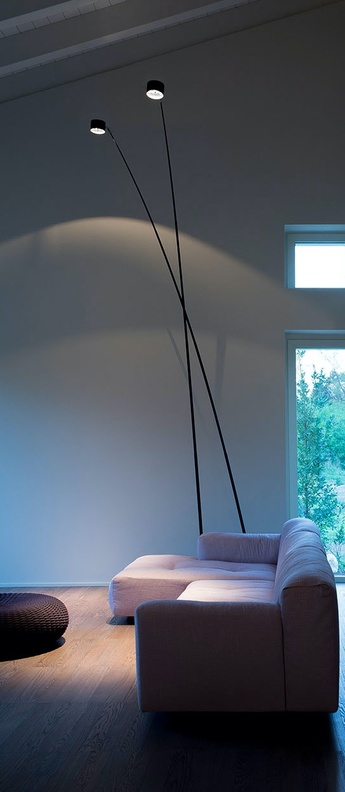 Lampadaire sampei 230 noir mat led 2700k 1625lm l79 5cm h215cm davide groppi normal
