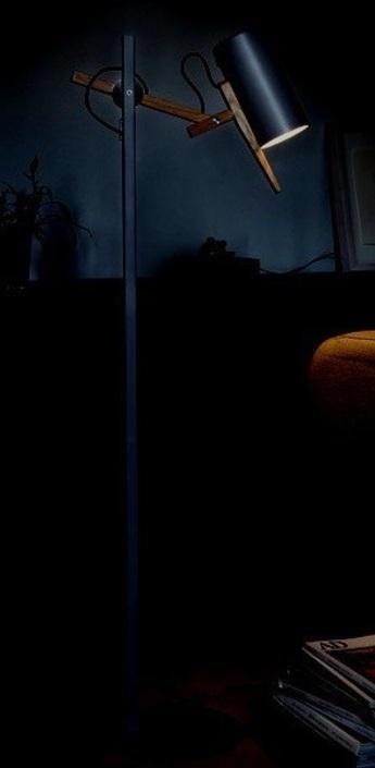 Lampadaire scantling noir h136 2cm marset normal