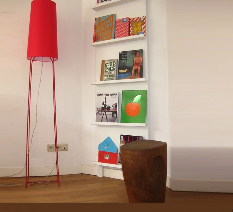 floor light slimsophie red h176cm fraumaier nedgis lighting. Black Bedroom Furniture Sets. Home Design Ideas