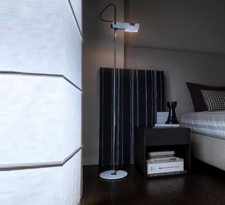 Spider joe colombo oluce 3319 blanc luminaire lighting design signed 22521 product