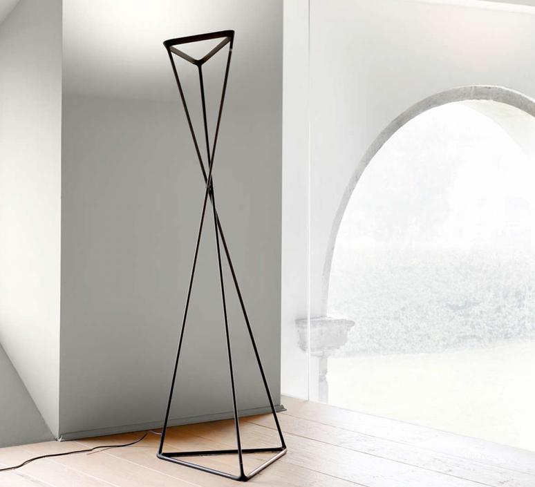 Tango d77ntw francisco gomez paz lampadaire floor light  luceplan 1d77ntdw0001  design signed 55777 product