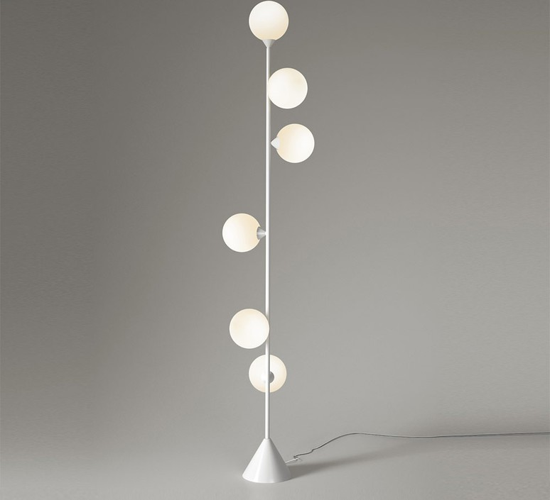 Vertical 1 gwendolyn et guillane kerschbaumer lampadaire floor light  areti vertical globe blanc  design signed nedgis 64530 product