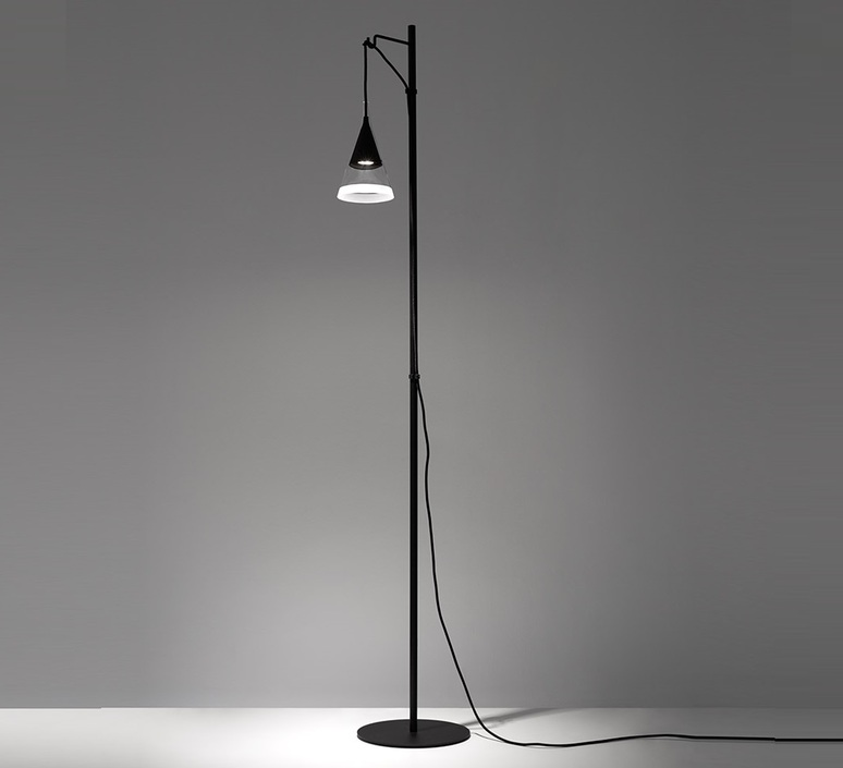 Vigo reading floor  lampadaire floor light  artemide 1941030a  design signed nedgis 120287 product