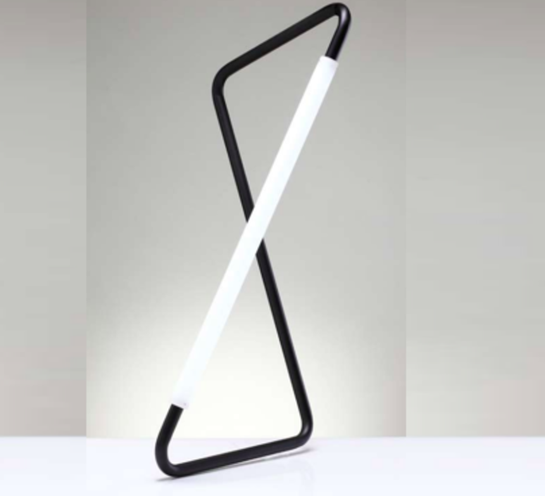 001 naama hofman lampe a poser table lamp  naama hofman 001 noir  design signed 45264 product