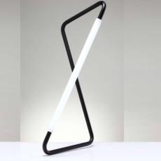 001 naama hofman lampe a poser table lamp  naama hofman 001 noir  design signed 45264 thumb