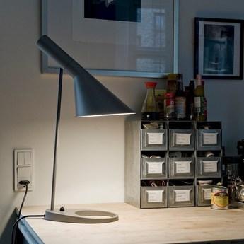 Lampe a poser aj gris fonce l21 5cm h56cm louis poulsen normal