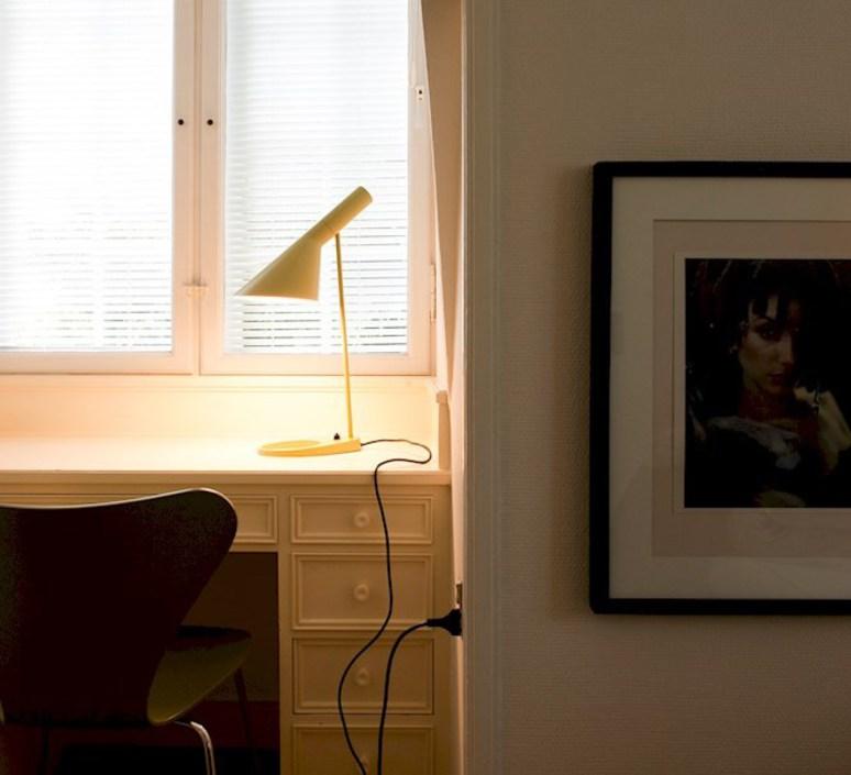 Aj arne jacobsen lampe a poser table lamp  louis poulsen 5744165633  design signed 48920 product