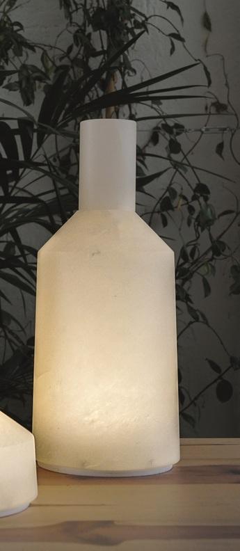 Lampe a poser alabast albatre ip66led 3000k 290lm o13cm h30cm carpyen normal