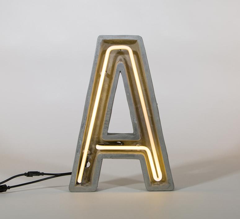 Alphacrete a bbmds lampe a poser table lamp  seletti 01415 a  design signed 40619 product