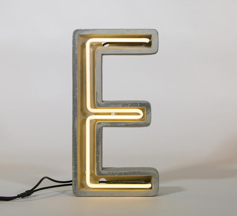 Alphacrete e bbmds lampe a poser table lamp  seletti 01415 e  design signed 40630 product