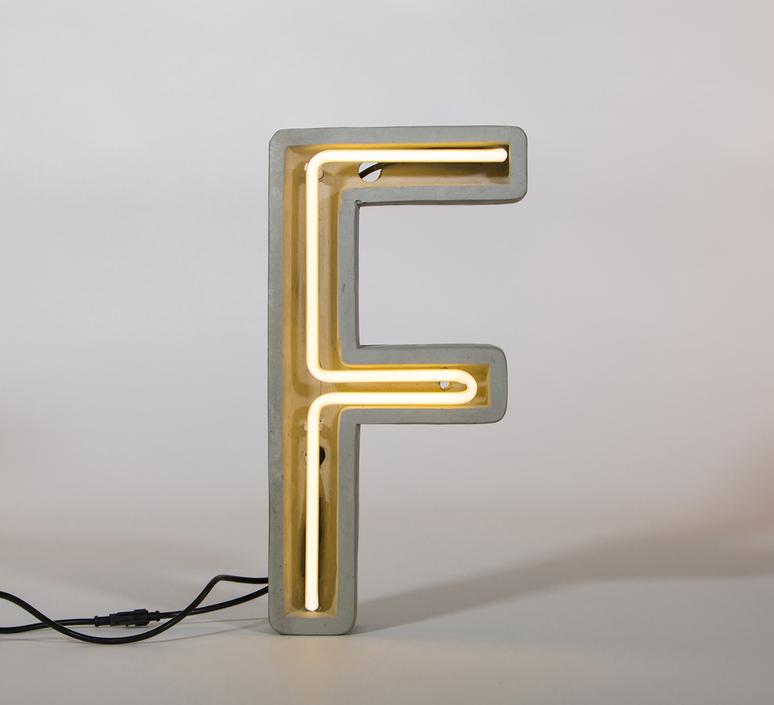 Alphacrete f bbmds lampe a poser table lamp  seletti 01415 f  design signed 40632 product
