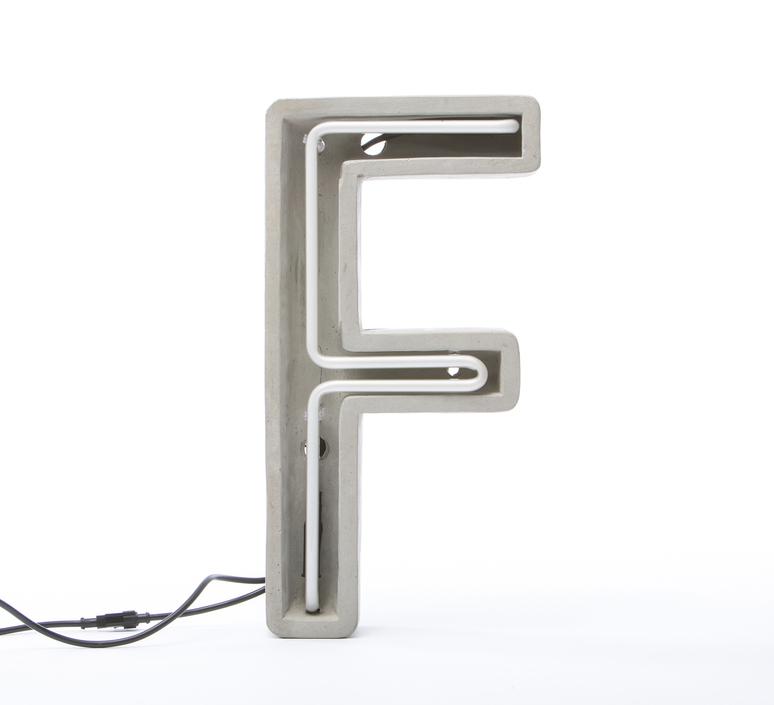 Alphacrete f bbmds lampe a poser table lamp  seletti 01415 f  design signed 40633 product