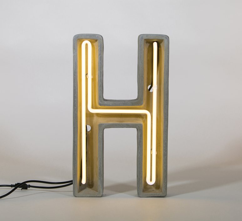 Alphacrete h bbmds lampe a poser table lamp  seletti 01415 h  design signed 40640 product