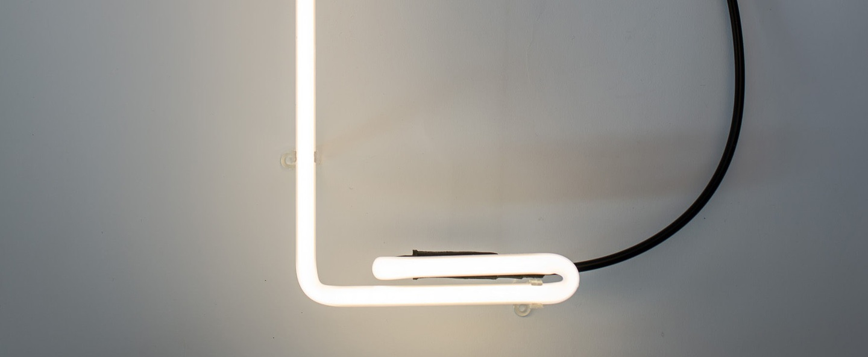 Lampe a poser alphafont l blanc l15 7cm h35cm seletti normal