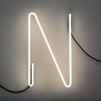 Lampe a poser alphafont n blanc l15 7cm h35cm seletti normal