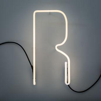 Lampe a poser alphafont r blanc l15 7cm h35cm seletti normal
