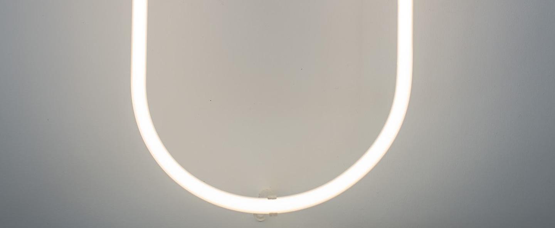 Lampe a poser alphafont u blanc l15 7cm h35cm seletti normal