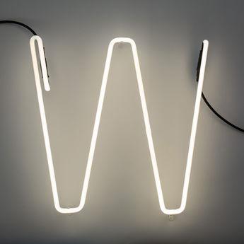 Lampe a poser alphafont w blanc l15 7cm h35cm seletti normal