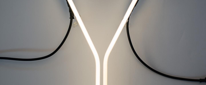 Lampe a poser alphafont y blanc l15 7cm h35cm seletti normal