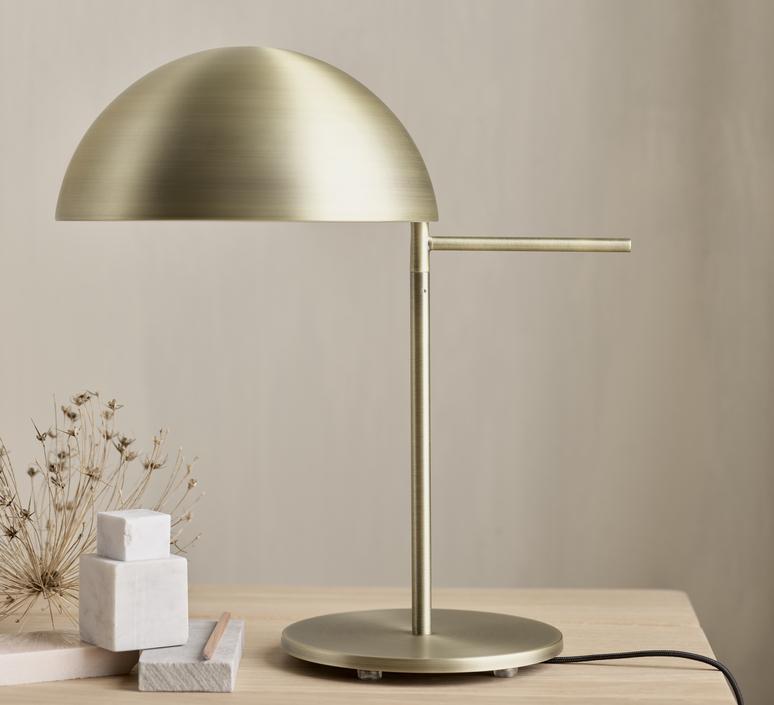 Aluna quaglio simonelli lampe a poser table lamp  0 20 130 01 00002  design signed nedgis 125197 product