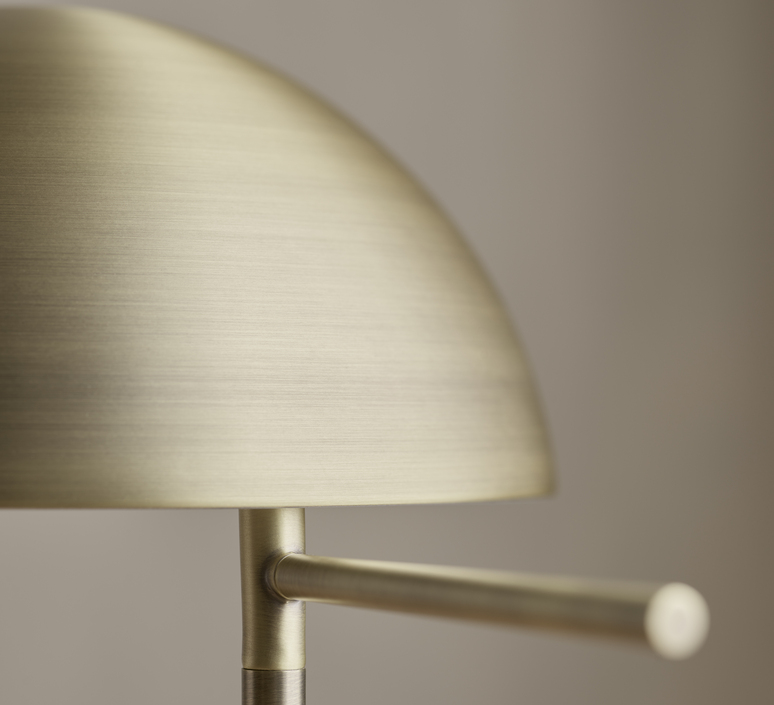 Aluna quaglio simonelli lampe a poser table lamp  0 20 130 01 00002  design signed nedgis 125200 product