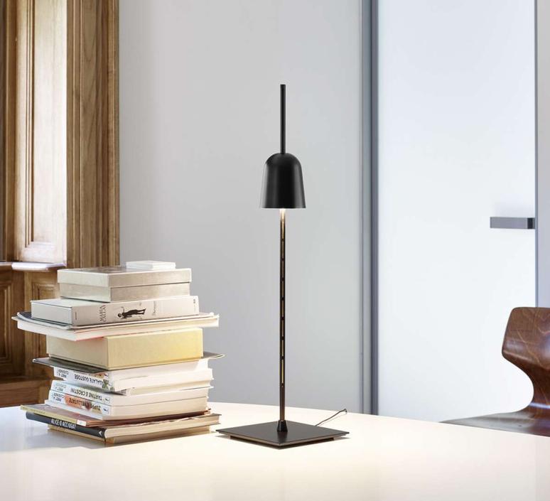 Ascent daniel rybakken lampe a poser table lamp  luceplan 1d780 000001  design signed nedgis 78429 product